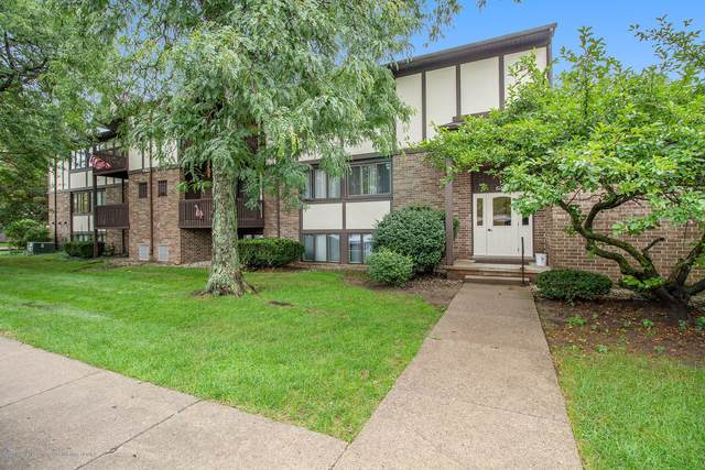 6160 Innkeepers Court #63, East Lansing, MI 48823 (MLS #249755) :: Real Home Pros
