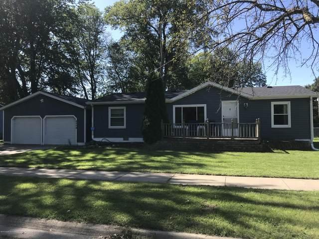 4208 Ballard Road, Lansing, MI 48911 (MLS #249852) :: Real Home Pros