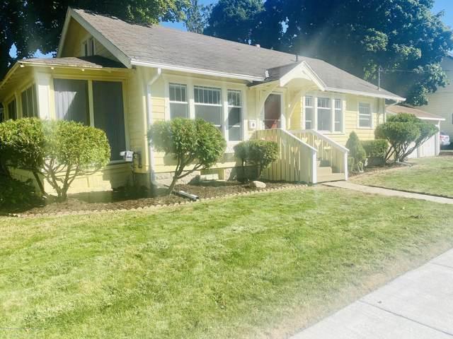 1801 Stirling Avenue, Lansing, MI 48910 (MLS #249865) :: Real Home Pros