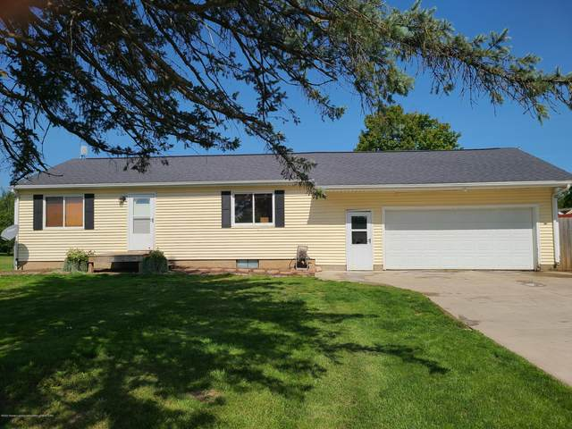 1516 W Bellevue Highway, Olivet, MI 49076 (MLS #249928) :: Real Home Pros