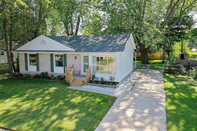 1209 Mel Avenue, Lansing, MI 48911 (MLS #249933) :: Real Home Pros