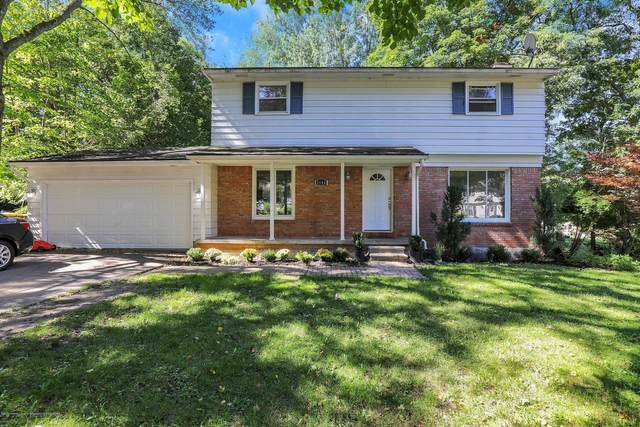 2695 Blue Haven Court, East Lansing, MI 48823 (MLS #250246) :: Real Home Pros