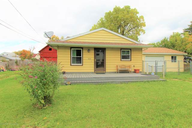 223 Dutton Street, Eaton Rapids, MI 48827 (MLS #250331) :: Real Home Pros