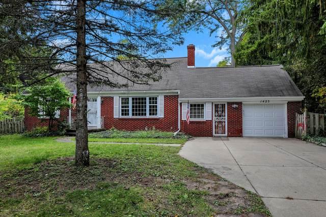 1425 N Harrison Road, East Lansing, MI 48823 (MLS #250372) :: Real Home Pros