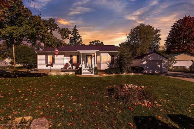 201 Lindy Avenue, Eaton Rapids, MI 48827 (MLS #250418) :: Real Home Pros