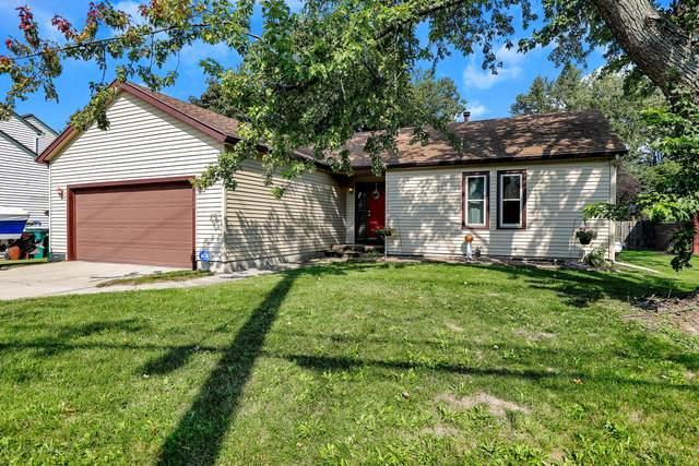 2900 Delta River Drive, Lansing, MI 48906 (MLS #250486) :: Real Home Pros