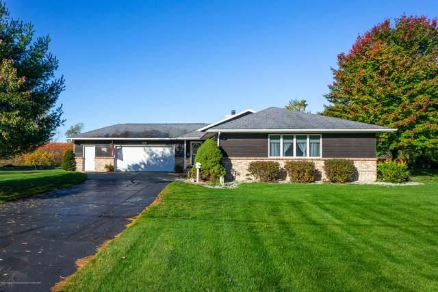585 N College Road, Mason, MI 48854 (MLS #250665) :: Real Home Pros