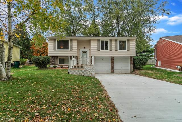 501 Bluebell Drive, Lansing, MI 48911 (MLS #250750) :: Real Home Pros
