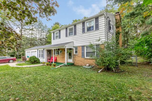4534 Eastwood Drive, Okemos, MI 48864 (MLS #250790) :: Real Home Pros
