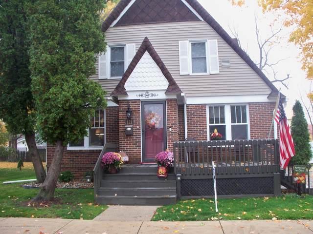121 S Warren Street, Portland, MI 48875 (MLS #250876) :: Real Home Pros