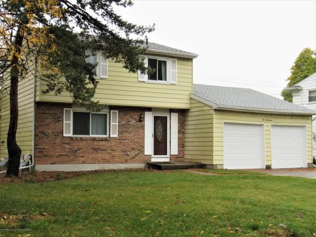 1017 Coolidge Road, Lansing, MI 48912 (MLS #250899) :: Real Home Pros