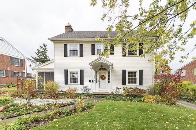 809 Stuart Avenue, East Lansing, MI 48823 (MLS #250917) :: Real Home Pros