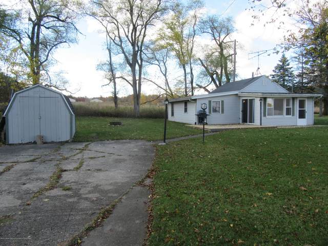 5733 Monroe Road, Olivet, MI 49076 (MLS #250976) :: Real Home Pros