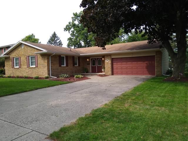 1701 Kingswood Drive, Lansing, MI 48912 (MLS #251146) :: Real Home Pros