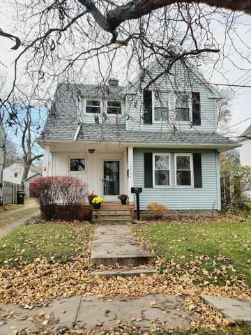 1504 Corbett Street, Lansing, MI 48910 (MLS #251299) :: Real Home Pros