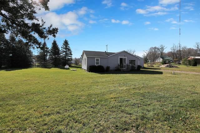 5654 Oak Street, Onondaga, MI 49264 (MLS #251320) :: Real Home Pros