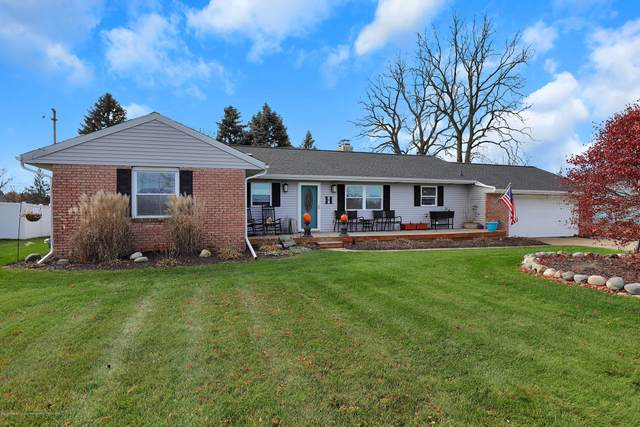 3801 Willoughby, Holt, MI 48842 (MLS #251329) :: Real Home Pros