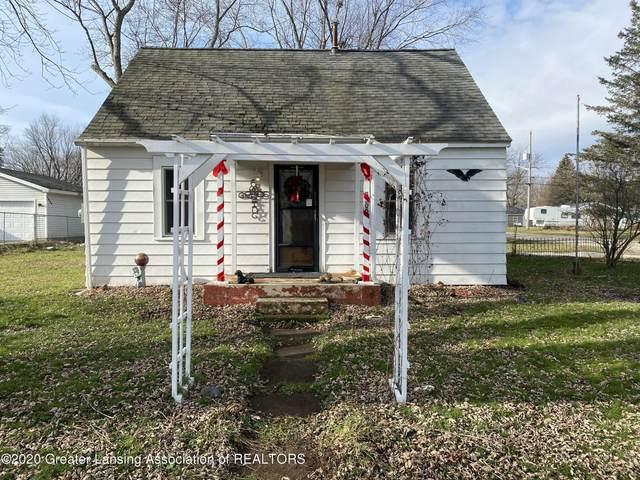 3300 Ingham Street, Lansing, MI 48911 (MLS #251926) :: Real Home Pros