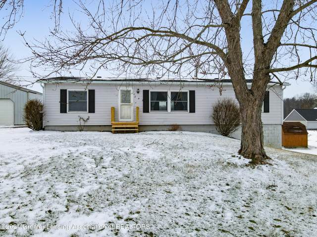 240 Casler Road, Charlotte, MI 48813 (MLS #252737) :: Real Home Pros