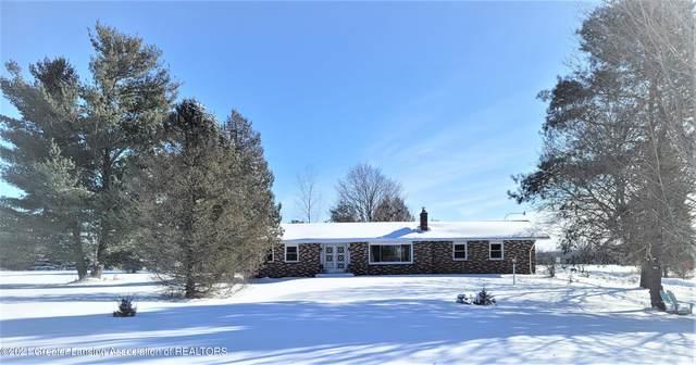 355 S Warren Road, Ovid, MI 48866 (MLS #253136) :: Real Home Pros