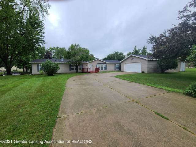 4970 Lakeside Drive, Perrinton, MI 48871 (MLS #256936) :: Home Seekers