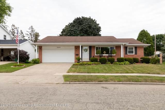 1208 Ravenswood Drive, Lansing, MI 48917 (MLS #259343) :: Home Seekers