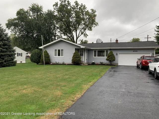 4045 S Pine Dell Drive, Lansing, MI 48911 (MLS #259914) :: Home Seekers