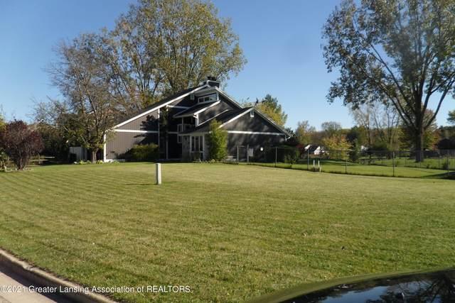 1544 Stonehaven Drive, Holt, MI 48842 (MLS #260559) :: Home Seekers