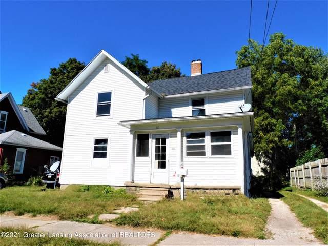112 W Stoddard Street, Charlotte, MI 48813 (MLS #260593) :: Home Seekers