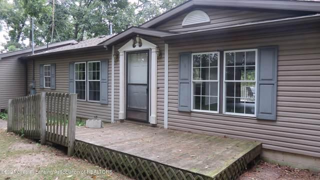 6893 S Krepps Road, St. Johns, MI 48879 (MLS #260652) :: Home Seekers