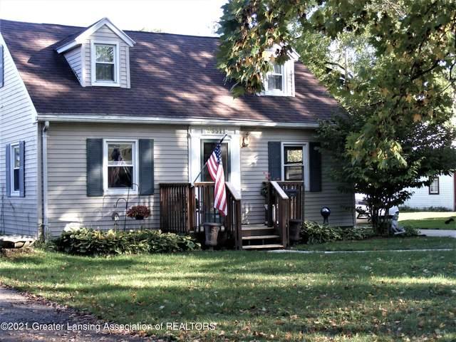 2331 Clifton Avenue, Lansing, MI 48910 (MLS #260737) :: Home Seekers