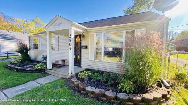 2909 Timber Drive, Lansing, MI 48917 (MLS #260749) :: Home Seekers