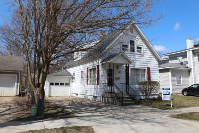 229 Pleasant Street, Portland, MI 48875 (MLS #224550) :: Real Home Pros