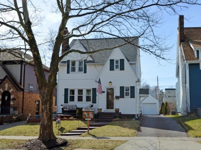 322 S Jenison Avenue, Lansing, MI 48915 (MLS #224608) :: Real Home Pros