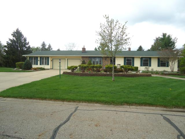 2188 Candlewood Drive, Charlotte, MI 48813 (MLS #226043) :: Real Home Pros