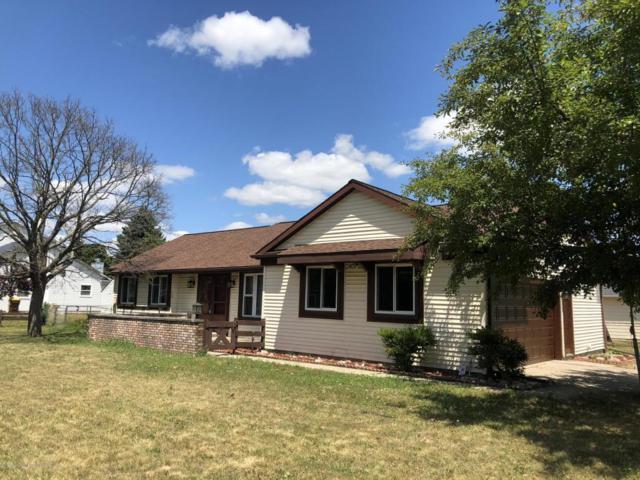 206 Maria Drive, Lansing, MI 48917 (MLS #228257) :: Real Home Pros