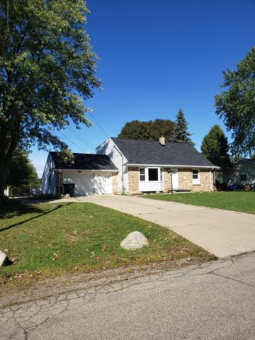 2623 Wabash Road, Lansing, MI 48910 (MLS #228316) :: Real Home Pros