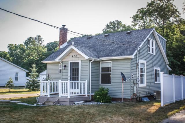 423 Stoner Road, Lansing, MI 48917 (MLS #228584) :: Real Home Pros
