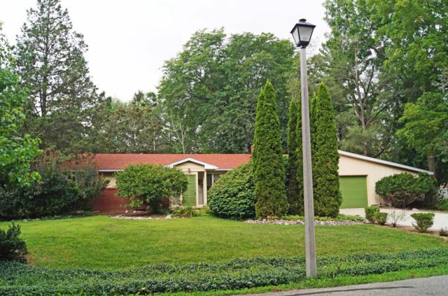 1431 Sherwood Avenue, East Lansing, MI 48823 (MLS #229367) :: Real Home Pros