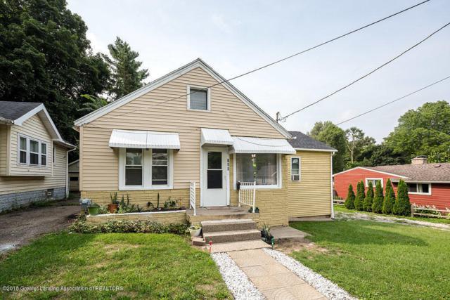 126 Paris Avenue, Lansing, MI 48910 (MLS #229527) :: Real Home Pros