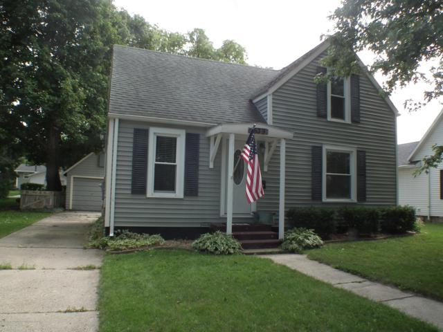 639 Riverside Drive, Portland, MI 48875 (MLS #230540) :: Real Home Pros
