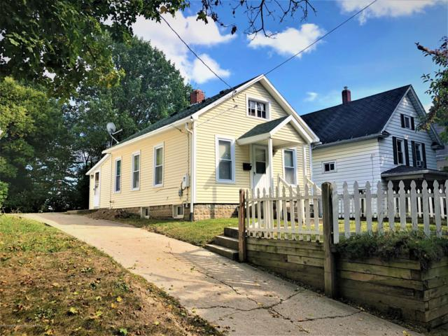 221 Lathrop Street, Lansing, MI 48912 (MLS #230642) :: Real Home Pros