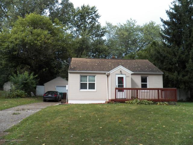 205 Brynford Avenue, Lansing, MI 48917 (MLS #230782) :: Real Home Pros