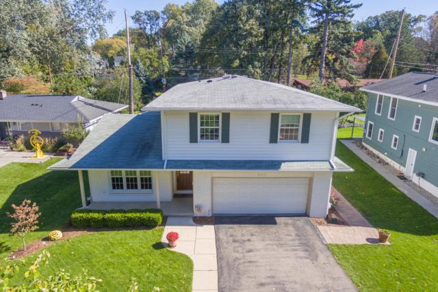 940 Rosewood Avenue, East Lansing, MI 48823 (MLS #231433) :: Real Home Pros