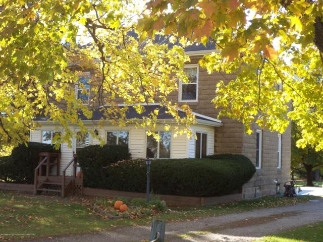1612 S Krepps Road, St. Johns, MI 48879 (MLS #232047) :: Real Home Pros