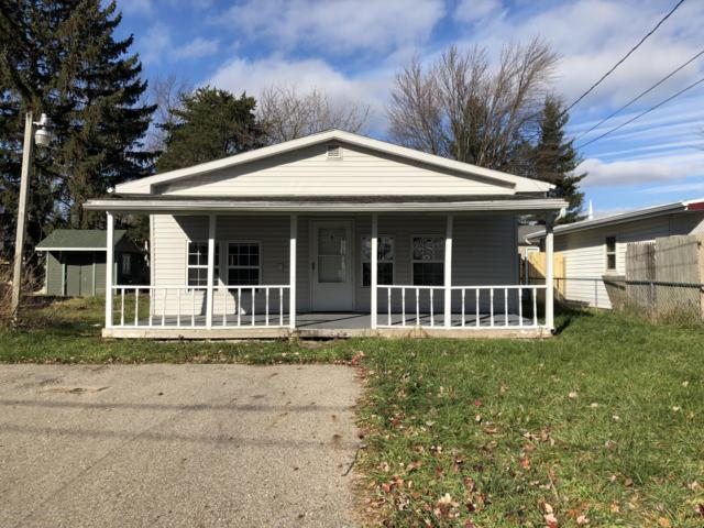 5813 Outer Drive, Bath, MI 48808 (MLS #232316) :: Real Home Pros