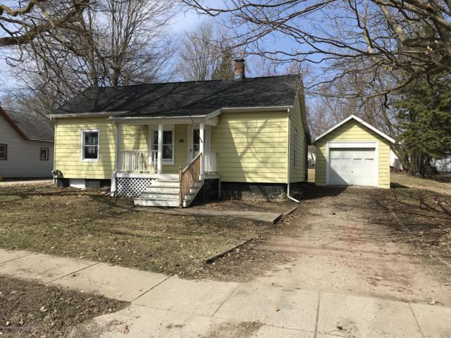 463 Union Street, Grand Ledge, MI 48837 (MLS #232442) :: Real Home Pros