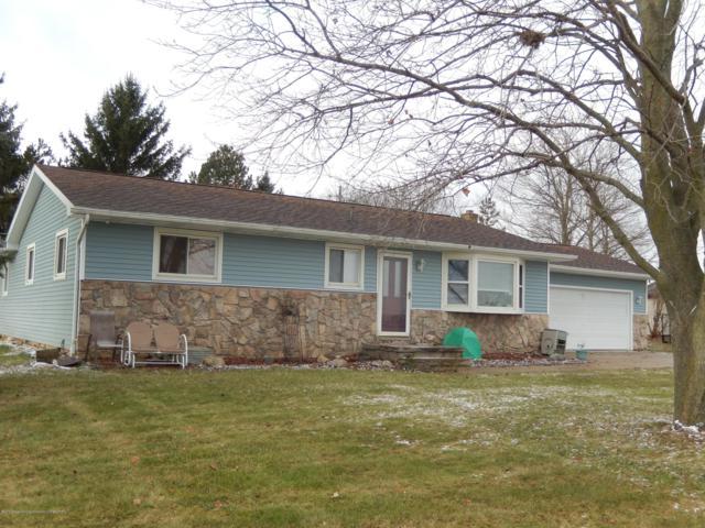 3950 Divine Highway, Portland, MI 48875 (MLS #232953) :: Real Home Pros