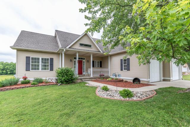 4306 Cinnamon Lane, Leslie, MI 49251 (MLS #237684) :: Real Home Pros
