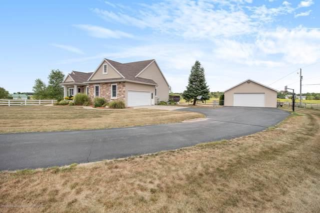 5340 W Howe Road, Dewitt, MI 48820 (MLS #241946) :: Real Home Pros